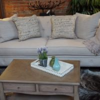 Linen Tufted-back Sofa