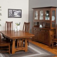 Amish Table with Hutch and Buffet